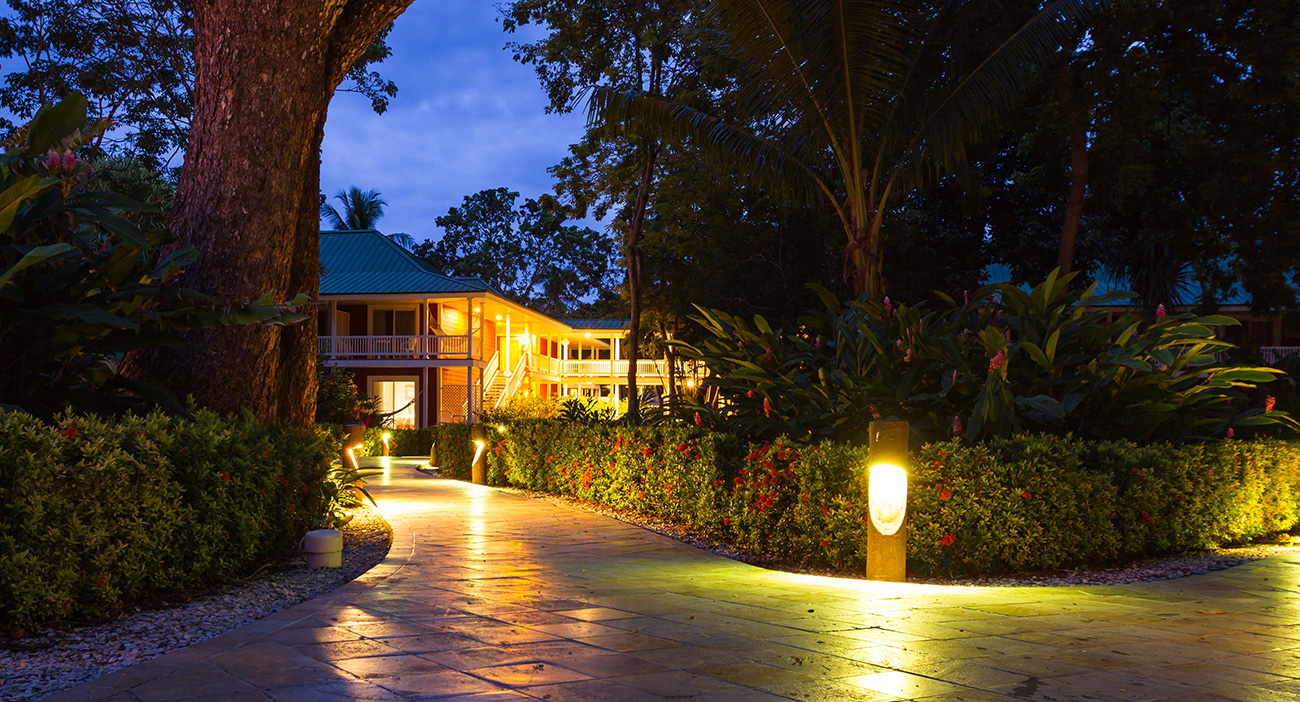 lakewood ranch landscape lighting contractors